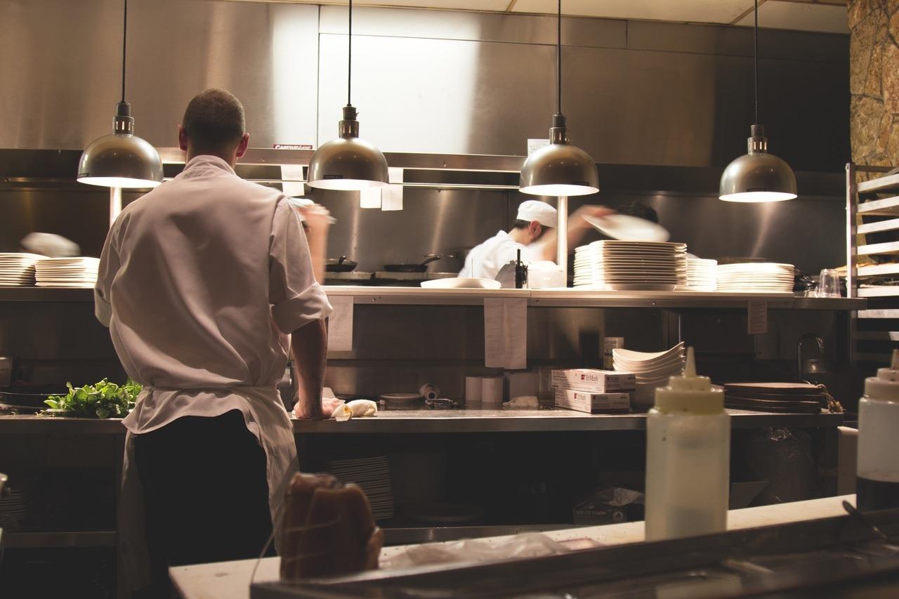 Ouvrir un restaurant nécessite d'investir en cuisine