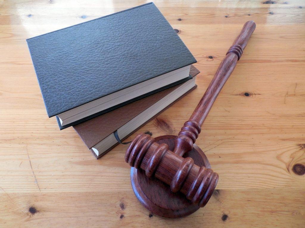 Plaque professionnelle et législation