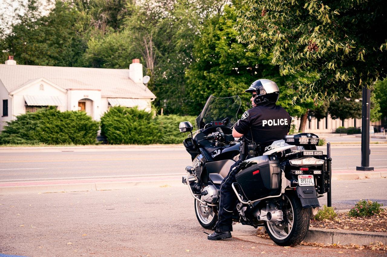 Comment devenir policier