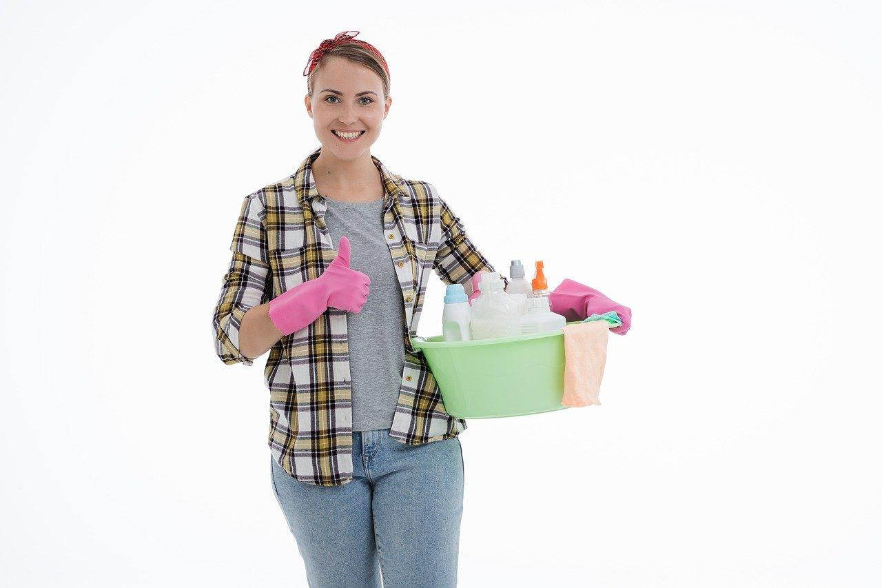 Salaire d'une femme de ménage