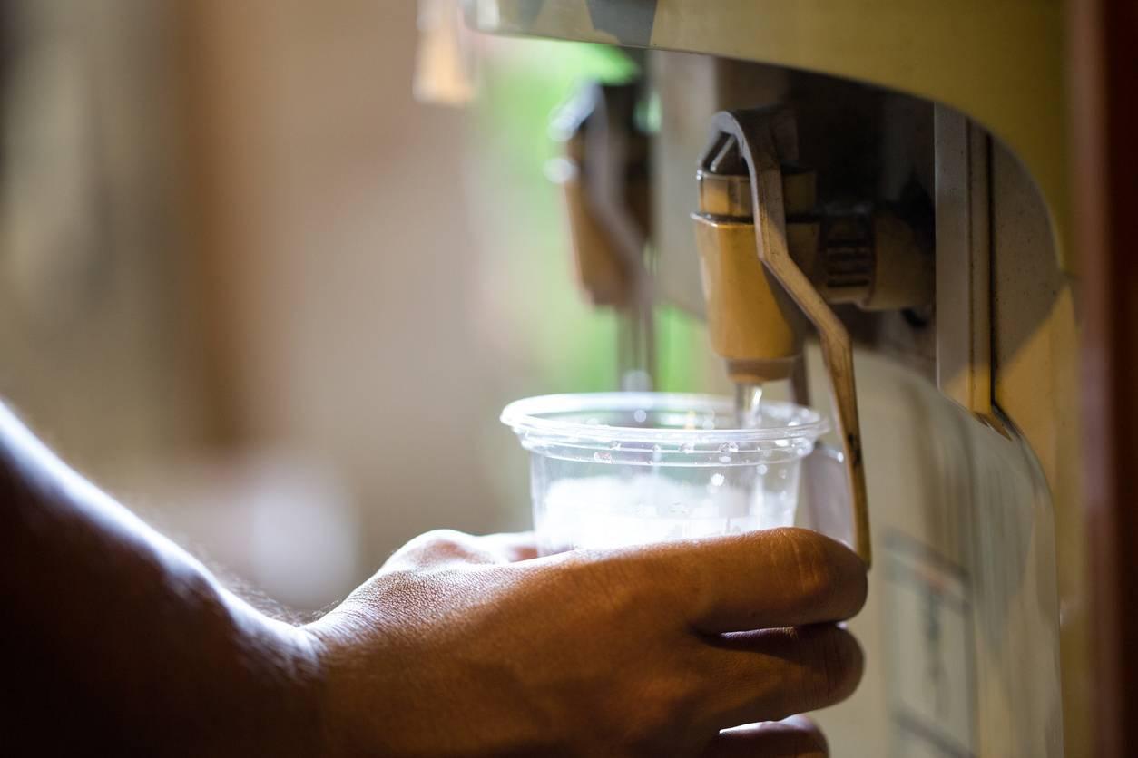 fontaine réfrigérée cantine entreprise