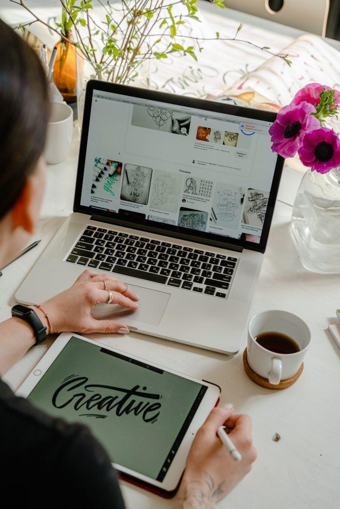 Se former en ligne pour devenir graphiste