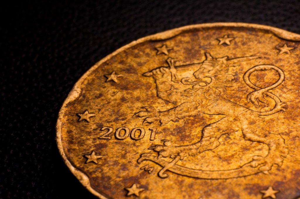 Une ancienne pièce de monnaie de Finlande