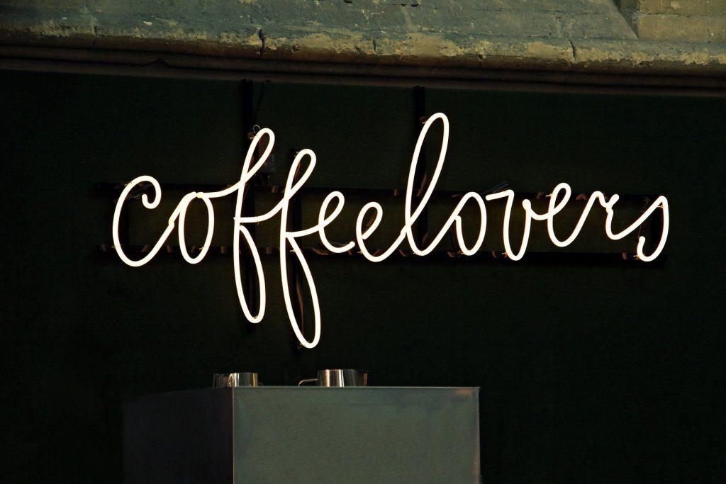néon café