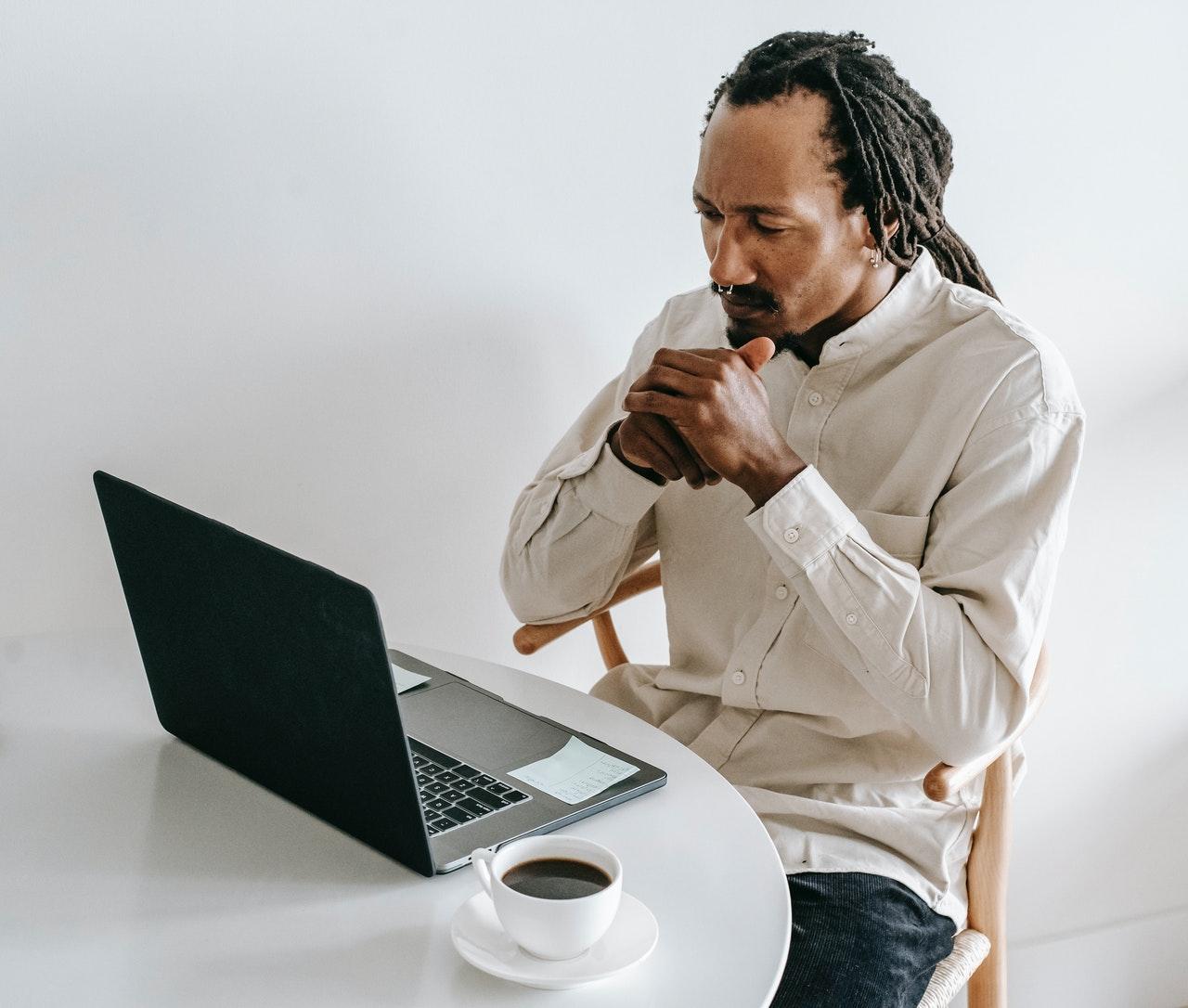 Gérer vos comptes directement en ligne