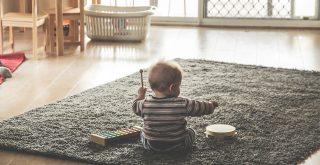 Le babysitting reste une valeur sûre